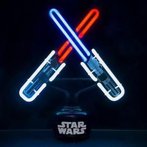 Lampe Star Wars : lampe star wars l 39 effigie de sabres laser sur logeekdesign ~ Orissabook.com Haus und Dekorationen