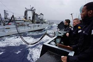 CTF150 French and British ships meet at sea – Combined ...