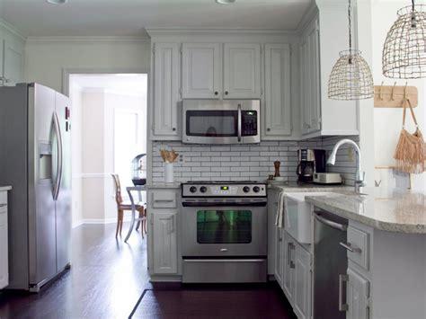 cottage kitchens ideas 15 cottage kitchens diy