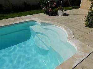 Piscine Coque Pas Cher : acheter une piscine coque polyester avec escalier roman ~ Mglfilm.com Idées de Décoration