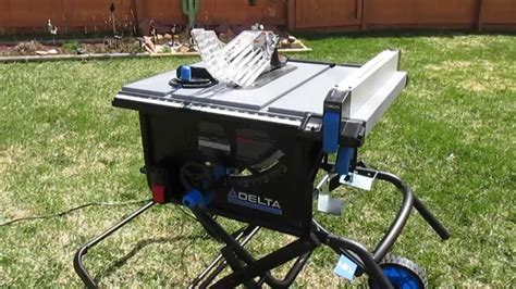 The fence moves smoothly across telescoping rails and locks into place easily using technology similar to my choice for best contractor table saw below. kobalt table saw review | Brokeasshome.com