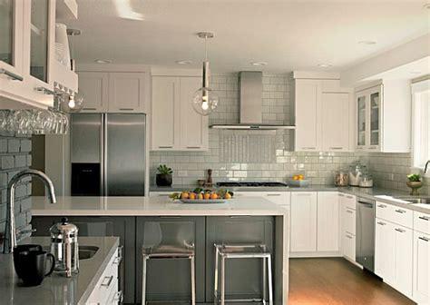 grey  white kitchen furniture  grey backsplash