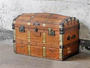 Leather Travel Trunk - Sold - Scaramanga