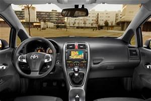 Avis Toyota Auris Hybride : fiche technique toyota auris 90 d 4d fap millenium 5p l 39 ~ Gottalentnigeria.com Avis de Voitures