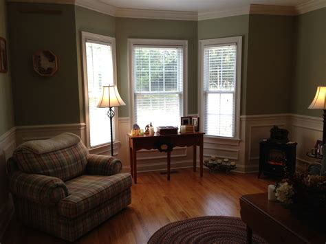 Ideas For Bay Windows In Living Room Furniture Stores In St Louis Mo Skates Craigslist Ct Go Target Patio Clearance Vintage Lawn Upholstery Repair Philadelphia