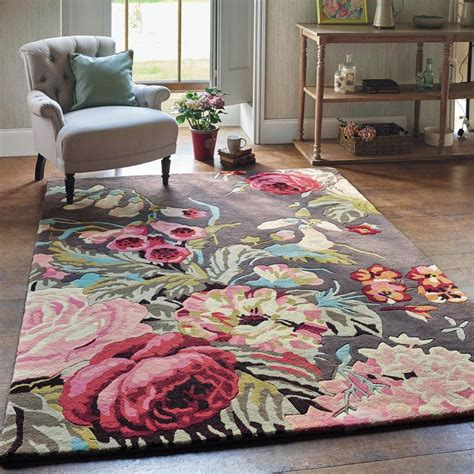 Taupe Living Room Ideas Uk by Best 25 Floral Rug Ideas On Pinterest Coral Nursery
