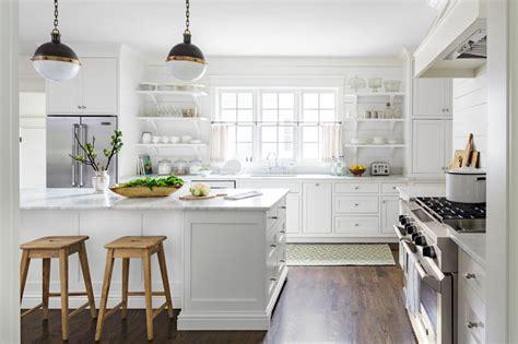 all white kitchen cabinets kuchnia w stylu angielskim meble kuchenne styl angielski 4016
