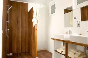 Paroi Salle De Bain : salle de bains en teck sol et parois en teck pont de ~ Premium-room.com Idées de Décoration