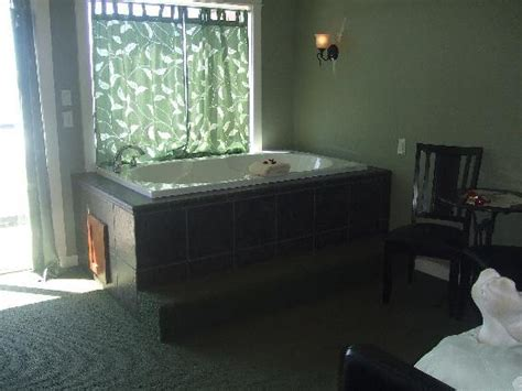 lincoln city oregon hotels with tubs in room lincoln city oregon resorts with tubs in room robert