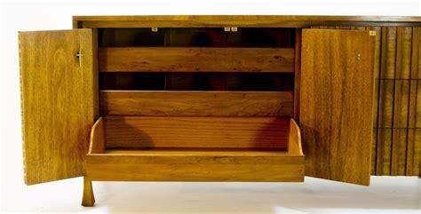 widdicomb dresser appraisal six drawer widdicomb buffet for sale antiques