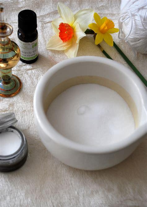 bicarbonate en cuisine bicarbonate de soude une astuce écolo de la salle de