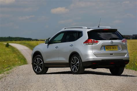Closely related to the qashqai, it's comfortable and good value for money. Facelifted Nissan X-Trail Coming Next Year With More ...