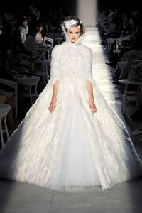 runway to white aisle fall 2012 couture onewed