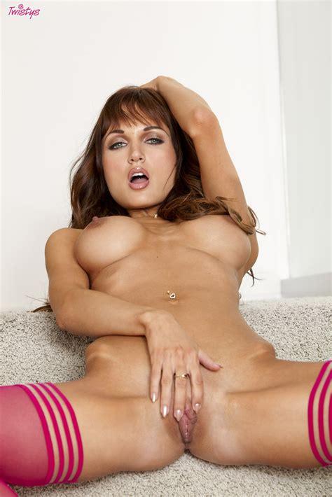 Roxanne Milana Gallery Sexy Beauties