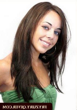 dégradé cheveux bouclés coupe de cheveux femme mi d 233 grad 233 avec frange coupe