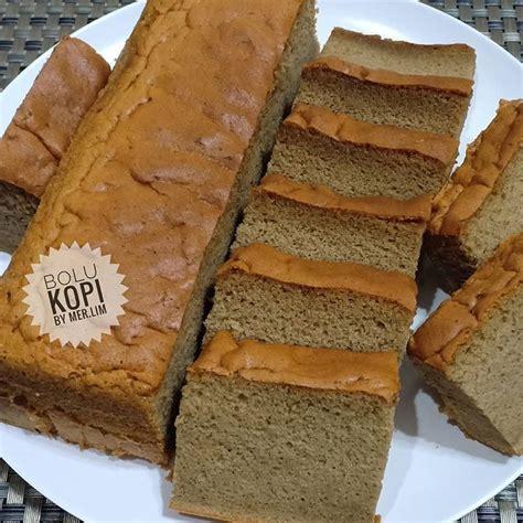 Ambil 2 sachet kopi nescafe classic (uk. BOLU KOPI☕ Cobain resep nya @susan0803__ Tq say enak bngt kue nya😘 Wangi kopi bngt dan super ...