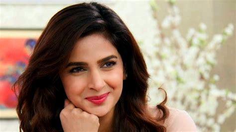 Pakistani Actress Saba Qamar Takes A U Turn Says She