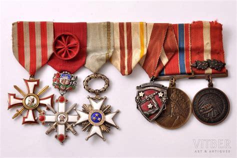 Apbalvojumu komplekts, Lācplēša kara ordenis (3. pakāpe), Nr. 1633; Viestura ordenis ar šķēpiem ...