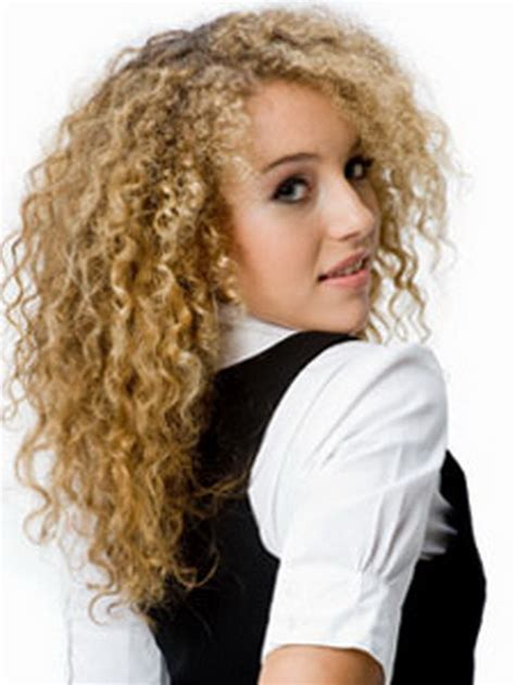Tight Curls Hairstyles by Tight Curly Hairstyles