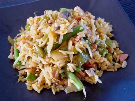 cuisiner pousse de soja riz sauté aux chignons et pousses de soja graine de