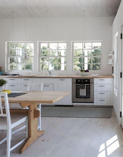 it or list it kitchen designs m 225 s de 25 ideas incre 237 bles sobre blanco benjamin en 9890