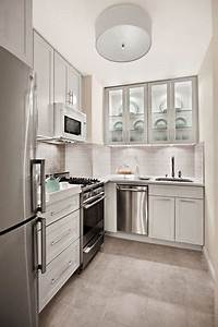 15 lindas fotos de cocinas pequenas With kitchen colors with white cabinets with 1 corinthians 13 wall art