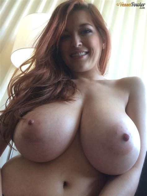 Bettysboobs®️ On Twitter Tessa Fowler S Big Knockers