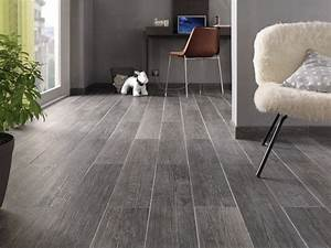carrelage imitation parquet gris carrelage idees de With carrelage imitation parquet gris