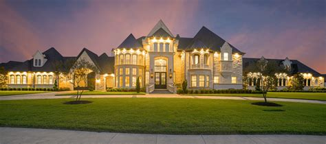 Luxury Home Prices Continue To Soar In Second Quarter