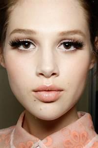 Astuce De Maquillage Pour Les Yeux Marrons : maquillage yeux marrons tuto le maquillage pour yeux marron 51 id es en photos et vid os nice ~ Melissatoandfro.com Idées de Décoration