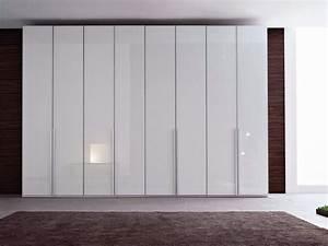 Kleiderschrank Schiebetüren Spiegel : spiegel kleiderschrank mit schiebet ren ecrin total by roche bobois ~ Markanthonyermac.com Haus und Dekorationen