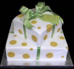 Easy Cake Decorating Idea Child Herohymab Simple Cake Decorating For A Birthday Cake Of Your Loved Ones