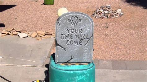 Animated Tombstone Prop 2.