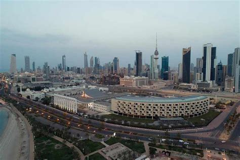 Kuwait passes law to cut expat numbers
