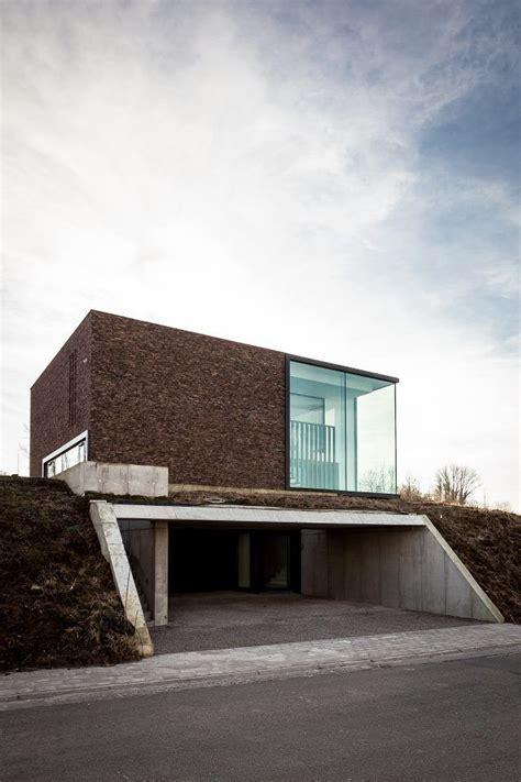 Moderne Kunst Häuser by Architecture By Caan Architecten Arch Haus Hanglage