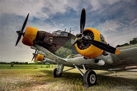 Junkers Ju-52 Photograph by Bill Lindsay