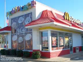 McDonald Fast Food Restaurant