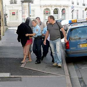 Retro Bebe Voiture : le b b retrouv dans une voiture a t il toujours v cu l ~ Teatrodelosmanantiales.com Idées de Décoration