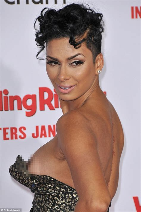Laura Govan Suffers Nipple Slip At Wedding Ringer Premiere