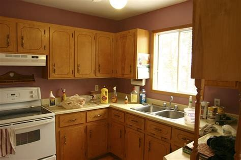 Get Your Kitchen Out of the ?80s ? Kitchen Remodeling