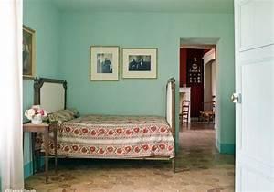 Quelle Couleur De Peinture Pour Une Chambre : couleur chambre elle d coration ~ Dallasstarsshop.com Idées de Décoration