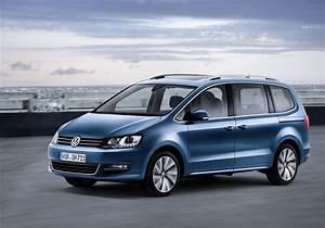 Volkswagen Sharan : vw sharan gets new engines and equipment discreet styling updates carscoops ~ Gottalentnigeria.com Avis de Voitures
