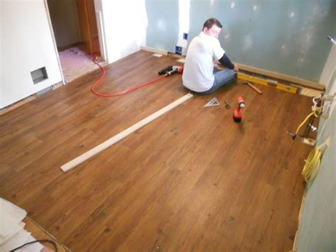 how to install glentown oak glueless laminate flooring alyssamyers