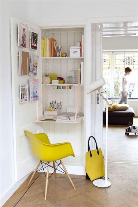 espace bureau dans salon déco coin bureau dans salon