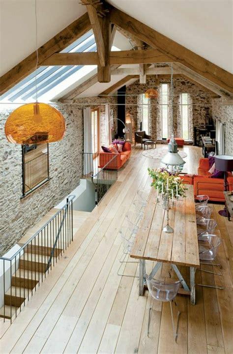chambre avec plafond en pente comment choisir un habillage mural quelques astuces en