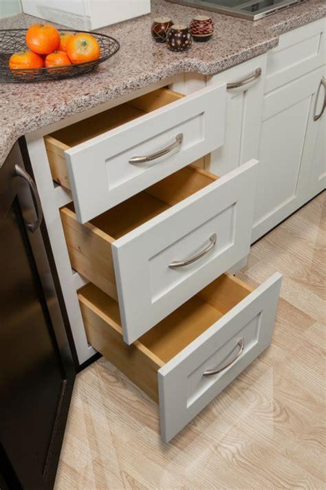 faircrest cabinets aspen white aspen white shaker ready to assemble kitchen cabinets