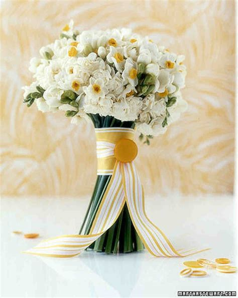 A Sunny Wedding Yellow Dresses And Bouquets Martha