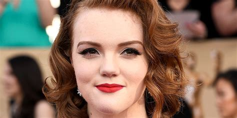 'stranger Things' Star Shannon Purser Tweets About Her