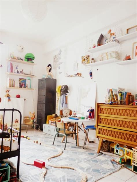 chambre retro chambre d 39 enfant monochrome blanche