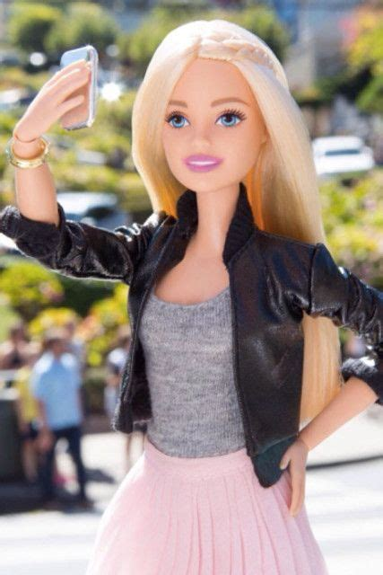 Even Barbie Takes Selfies Barbie Girl Doll Clothes